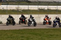 Saturday Riverside Expert 600 Superbike warm and sunny start at Castrol Raceway with John Bullee (Honda # 6) leading Scott Manley (Honda # 707), Trevor Patrick (Yamaha # 70), Shane Fraser (Yamaha # 35) and Jeff VanDerVoort (Yamaha # 149). [Photo: Colin Fraser]