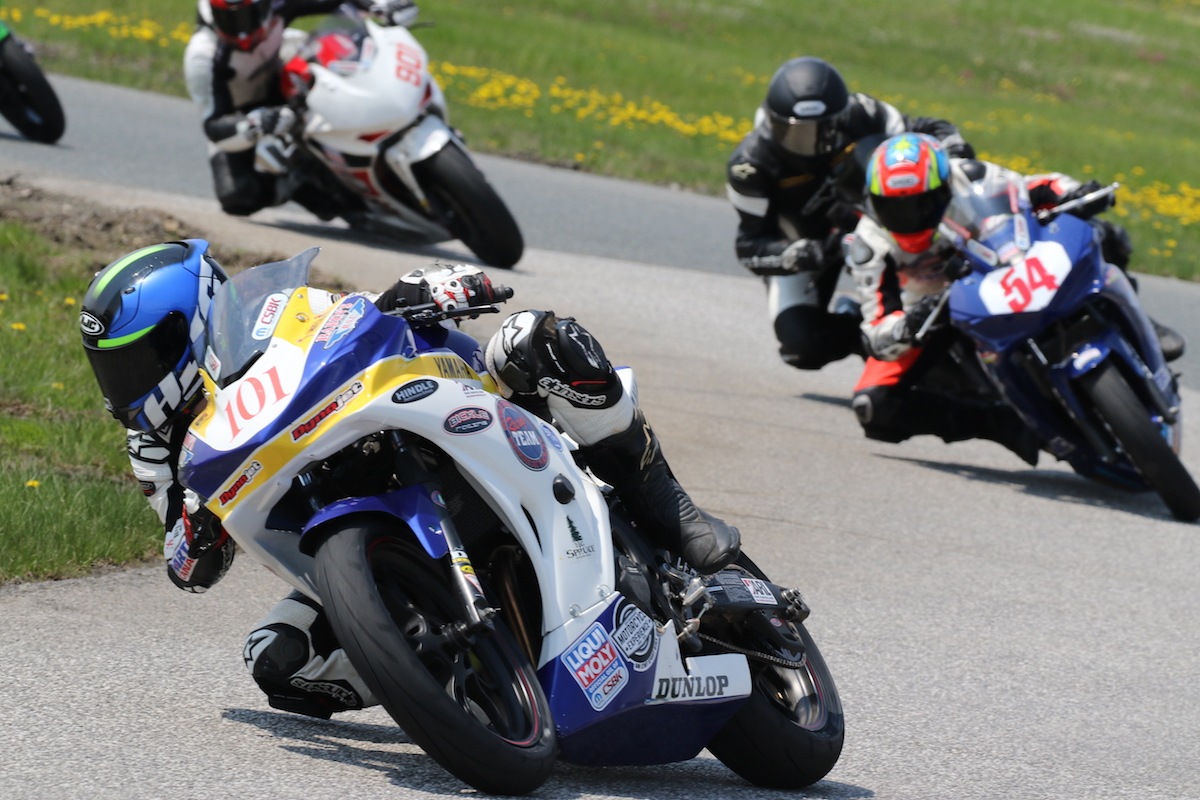 hart-wins-sunday-s-amateur-lightweight-sport-bike-race-at-smp
