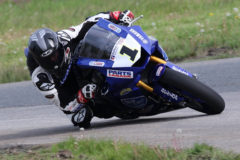 leclair-wins-casas-grabs-pole-in-rest-of-csbk-action-at-smp-opener