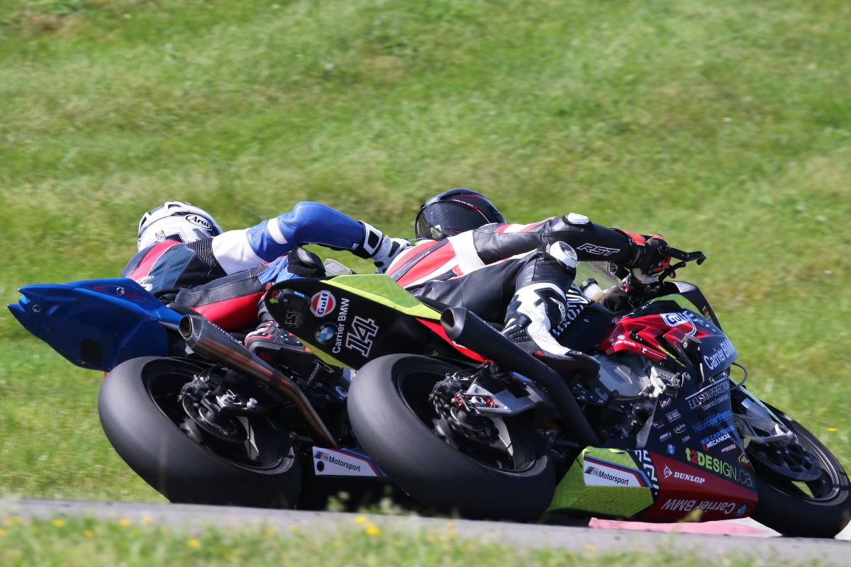 young-wins-dramatic-superbike-race-saturday-at-amp